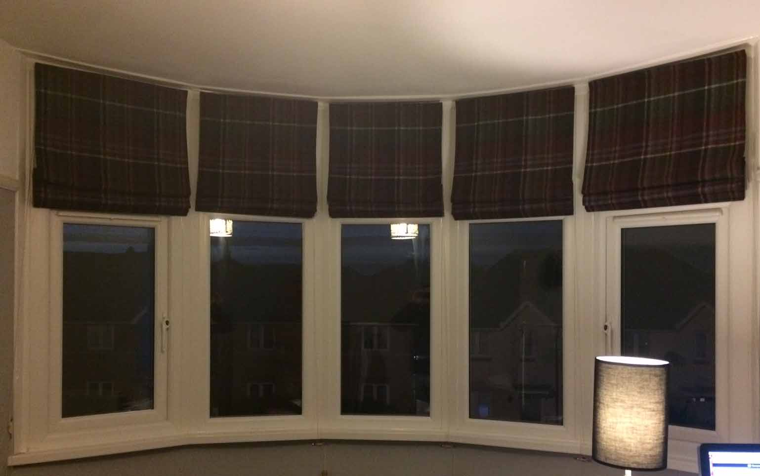 Roman blinds fitted in 1930 39 s bay window for 1930s bay window curtains